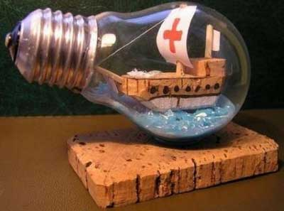 Сувенир из лампы накаливания (кораблик)