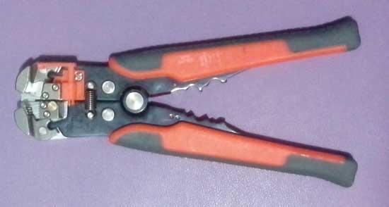 Инструмент для разделки проводов и кабелей
